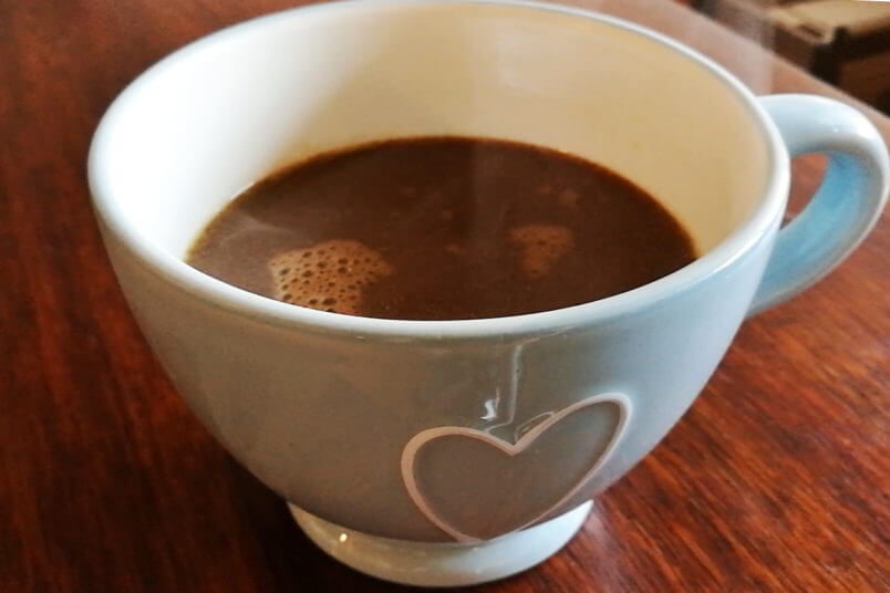 Wegańska gorąca czekolada - domowa czekolada do picia