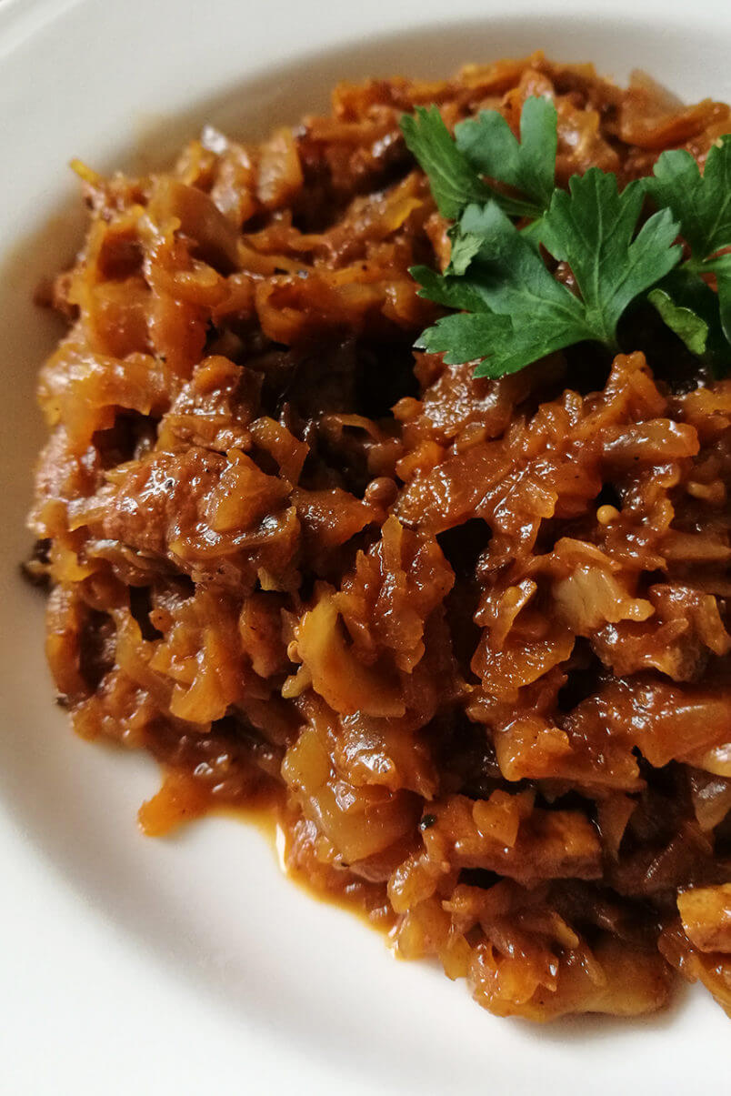 Wegański bigos z wędzonką tofu - wegańska wigilia