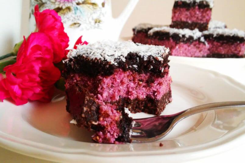 Wegańskie ciasto malinowe z czekoladą, bez pieczenia - RAW & VEGAN