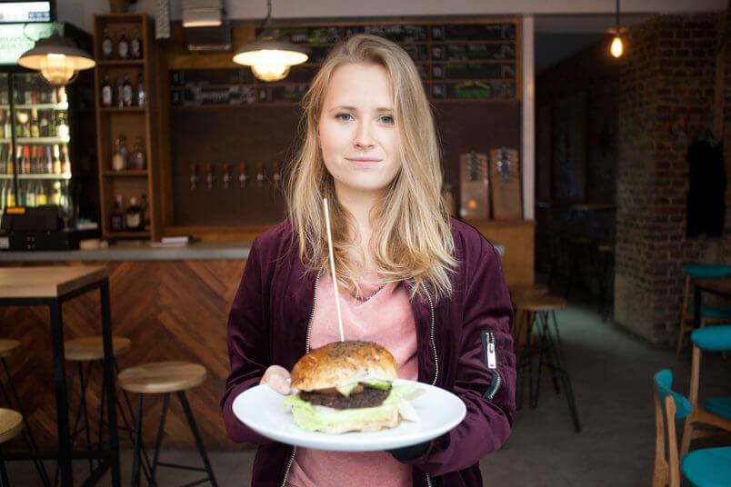 Najlepszy wegański burger w Poznaniu - Ministerstwo Browaru - Savory or Sweet?
